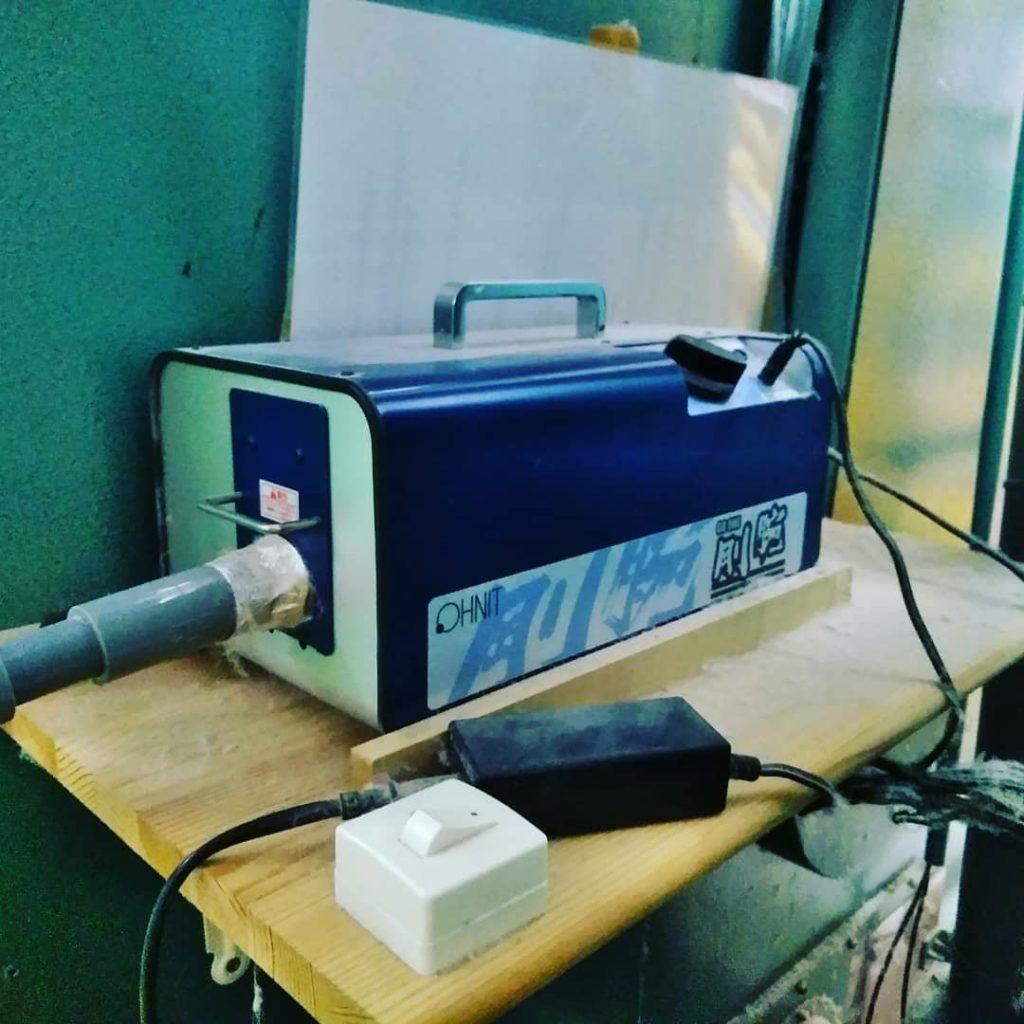 羽毛を洗浄する気体オゾン発生装置