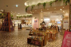 新宿マルイ本館1階に出店のjumou店舗